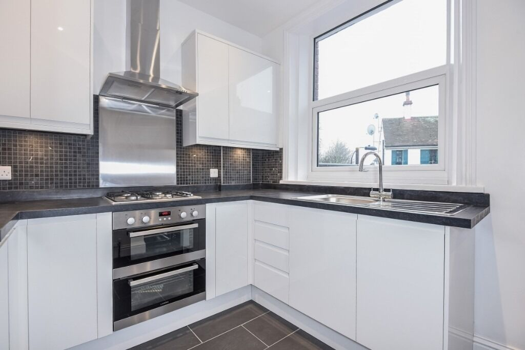 A recently refurbished three double bedroom flat, Effie Road, SW6