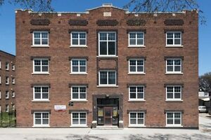 Cathedral Court A, 2 Bedroom Apartment,Available Oct.1,$891