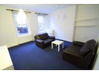 Large 2 double bedroom split level flat, heart of Whitechapel, walk to tube & shops, water bill inc