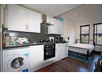 MODERN CONVERSION STUDIO APARTMENT. CLOSE TO TUBE & SHOPS. AVAILABLE 4TH OCT. SW17