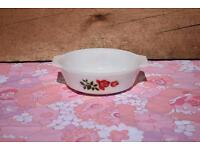 Pyrex JAJ June Rose 2 pint Casserole Dish retro vintage