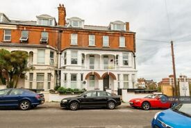 2 bedroom flat in Surrey Road, Margate, CT9 (2 bed) (#1166395)
