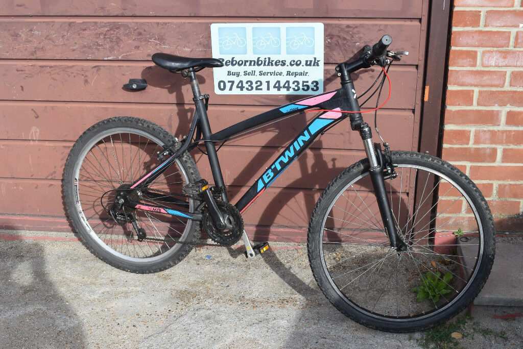973a4706b BTwin Rockrider 340 Hardtail Mountain Bike.19