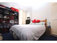 Double Room in Queen's Park Gay Flatshare £800 a month
