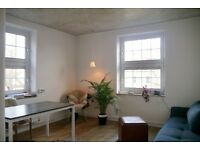 2 bed, beautiful, light-filled 1930's flat, off Church St. Stoke Newington