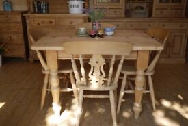 Farmhouse solid waxed pine wood table 4 Fiddleback Chairs