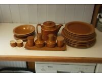 HORNSEA DINNER CROCKERY SET