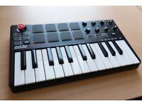 Akai MPK Mini mkII keyboard USB controller