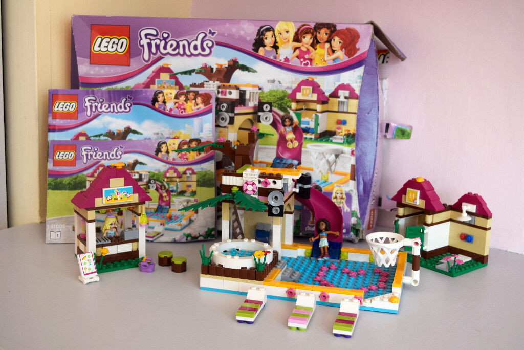 Heartlake City Pool Lego Friends 41008 Excellent Condition Box