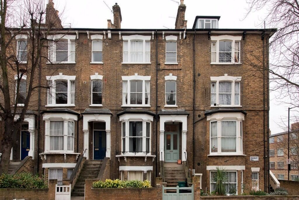 Larger Than Large 1 Bedroom Flat in Highbury
