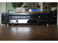 Sony RCD-W100 Compact Disc Recorder.