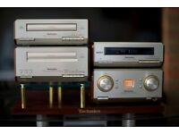 Technics HD-550 mini HiFi in excellent condition with Amplifier/Tuner/CD/Cassette/Speakers/Stand
