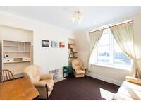 2 bedroom flat in Hutcheon Street , City Centre, Aberdeen, AB25 3TB
