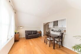 A Lovely 2 x Bedroom Property with a roof Terrace in South Hampstead