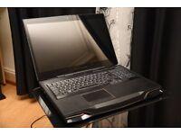 Alienware M17x R3 -3D Screen+Glasses X 2, Nvidia GTX 580M,Intel i7-2720QM,Crucial SSD+HDD(2x 512GB)