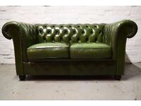 Antique green leather two seater chesterfield sofa (DELIVERY AVAILABLE)
