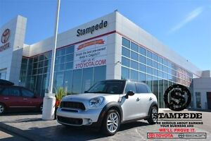 2011 MINI Cooper S Countryman w/Leather and Panoramic Sunroof