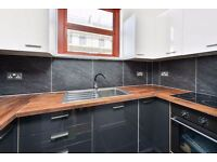 DAWES ROAD, SW6: BRIGHT 2 DOUBLE BED FLAT, EASILY CONVERTED TO 3 BED, WOODEN FLOORS, BRAND NEW,