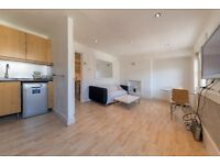 A stunning 1 x bedroom property in little venice - Amazing price - Call Sgelley 07473792649