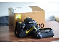 Fully working Nikon D800 + grip + battery + charger + accessories