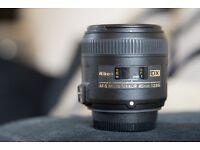 Nikon Nikkor 40mm f/2.8 Micro (Macro) DX lens