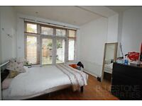SW17 - [2 bed] Flat with Private Garden. 2 mins from Tooting Common. Close to Tube.