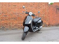 Vespa GTS Super 300 Low Mileage