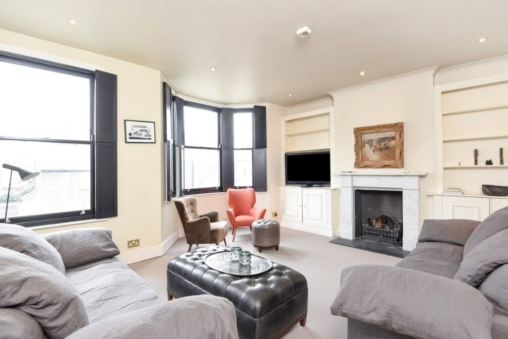A beautifully presented two double bedroom maisonette property, situated on Tournay Road, SW6