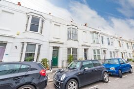 NO AGENCY FEES - 2 ROOMS AVAILABLE IN 6 BEDROOM STUDENT HOUSE IN KEMPTOWN