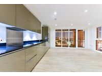 Compton House SE18 - A Stunning Three Bedroom Apartment With Private Terrace