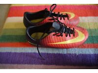 Nike junior football boots - Size 5