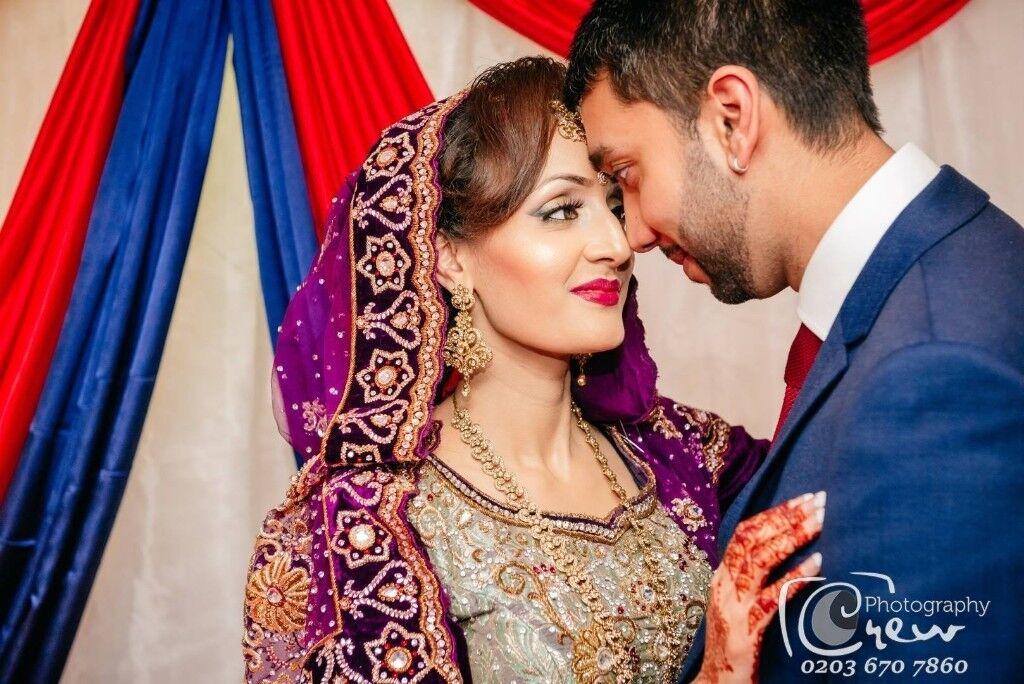 Female Lady Wedding Photographer Videographer London Chadwell Heath Photography Videography Asian
