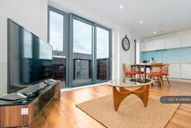 2 bedroom flat in Hierro Court, London, E1 (2 bed) (#1018986)
