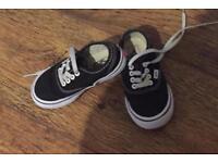 Kids lace up vans size 7.5