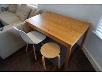 SOLID PINE WOODEN TABLE - EXCELLENT CONDITION