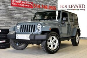 2014 Jeep Wrangler Unlimited SAHARA + A/C NAV +COULEUR RARE!! 4x