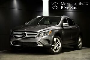 2015 Mercedes-Benz GLA250 4MATIC, Push Start, Toit pano