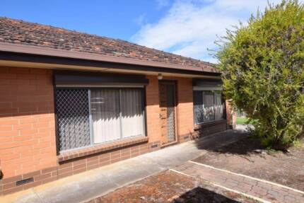 Well maintained 2 bedroom unit in this sort after location.