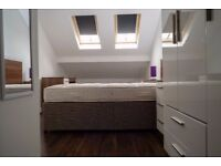 Luxury double en-suite room available now- Highfield Street, Liverpool 3- All bills included