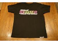 Mens Terratag Versus The World T-Shirt Medium (Black/Pink/Yellow)