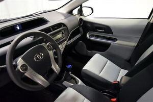 2013 Toyota Prius c Hybrid, Upgrade Package, Groupe Electrique,  Québec City Québec image 10