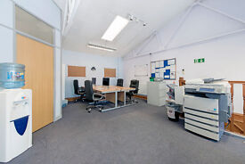 2 Desks BALHAM / CLAPHAM SOUTH in Friendly Office