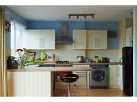 SB Lets are delighted to offer a 2 bedroom, top floor flat with roof terrace, in the heart of Hove.