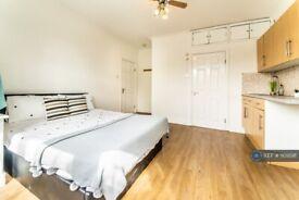 1 bedroom in Watford Way, London, NW4 (#1101898)