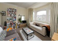 HIGHBURY GROVE, N5 - TOP LOCATION - TRANSPORT + WITHIN MINUTES - UNFURNISHED - COMMUNAL GARDEN