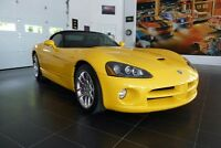 2005 Dodge Viper SRT10 ---8000 kms !!!!!