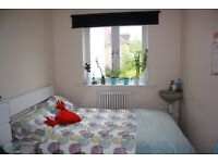 Small double available (off glos rd)for short term let £350 bills inc