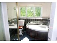 NEGOTIABLE DEPOSIT!SHORT OR LONG TERM! Lovely double room in East ACton!
