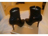 Michael Kors Ladies Designer Boots