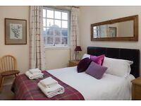 Royal Mile Central 2 bedroom Apartment for short break holiday fringe let - Sleep 5